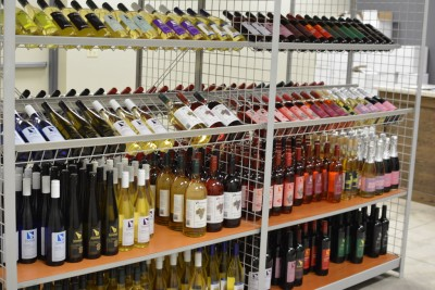 Our new Arrowhead Wine shop NOW OPEN!
