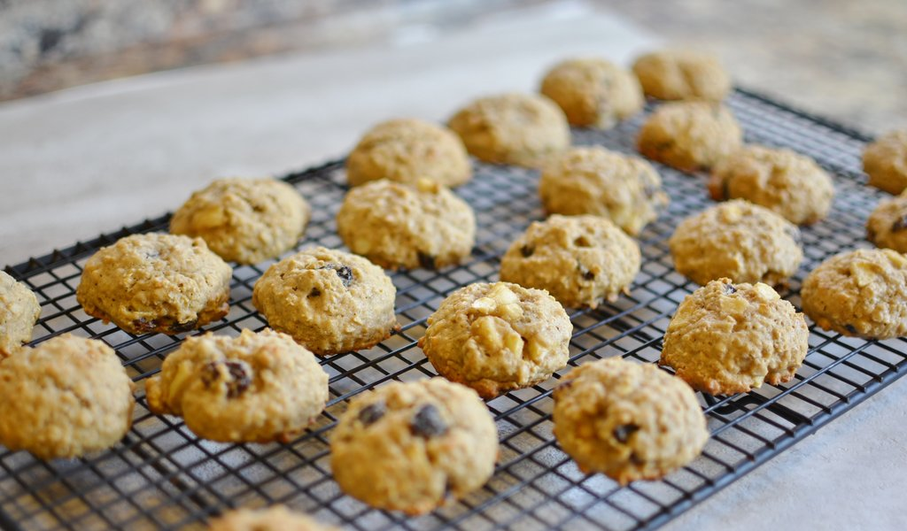 Oatmeal Raisin Apple Ban Cookie 2
